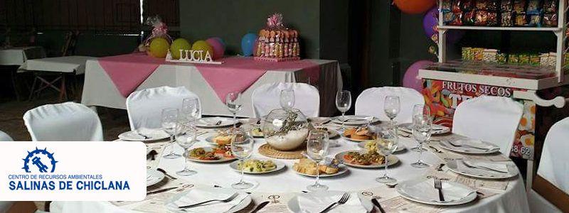Celebración de comuniones en Salinas de Chiclana