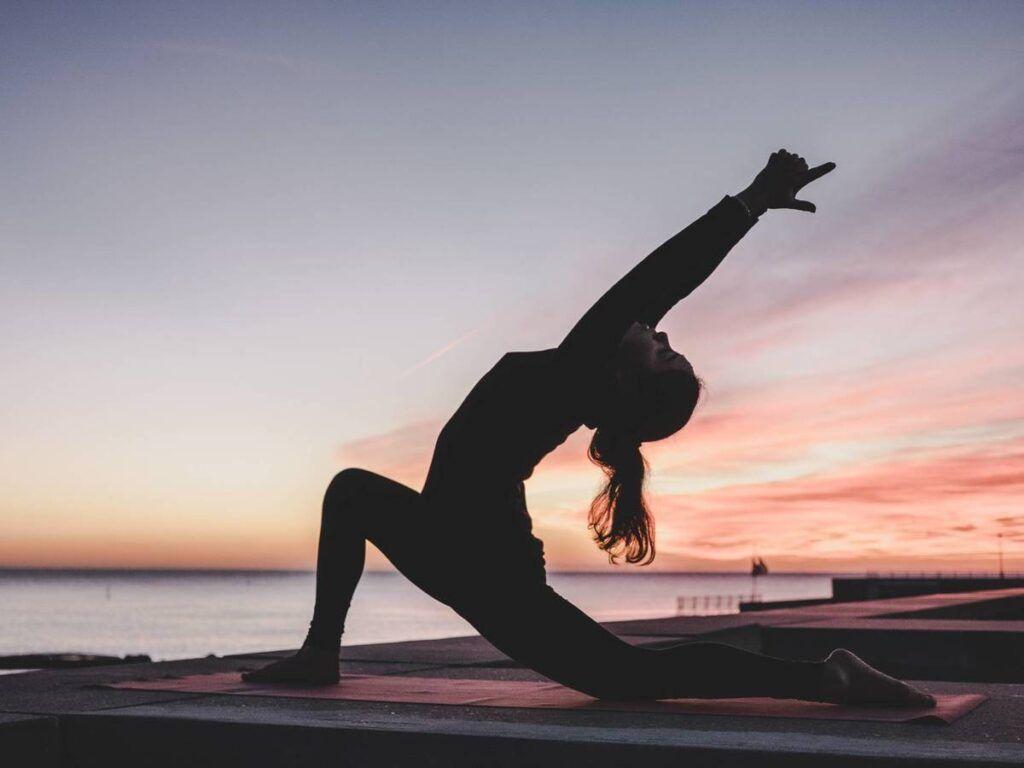 clases de yoga en las salinas
